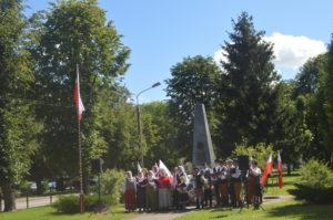 apel-pod-pomnikiem-15-sierpnia-2016r-392